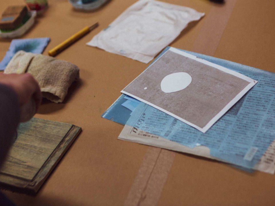 woodblock printing workshop adrian holmes 3