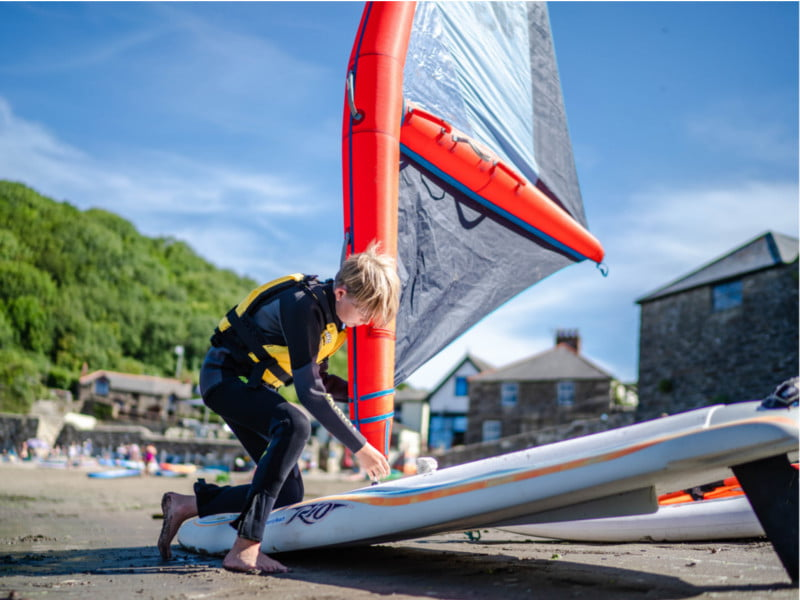 polkerris-beach-cornwall-youth-stage1-windsurf-lesson