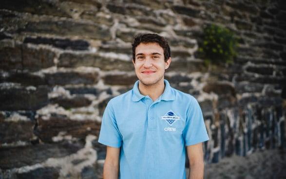 polkerris-beach-instructor-george